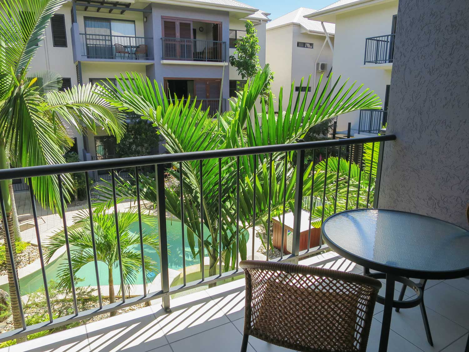Gallery | Studio, 1 & 2 Bedroom Accommodation in Cairns ...