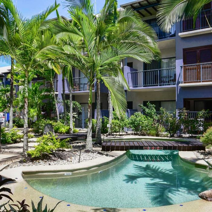 Cairns City Centre Accommodation With Tropical Pools